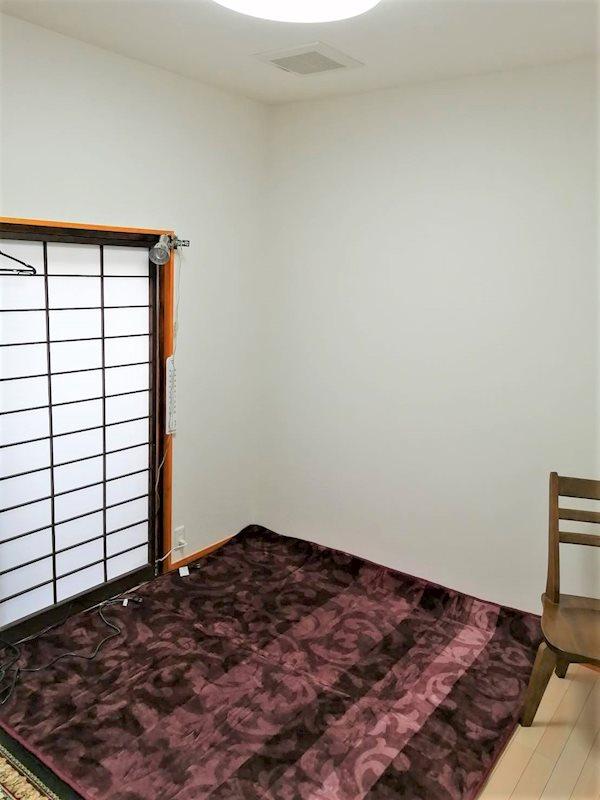 休憩スペースに使用できそうなお部屋です