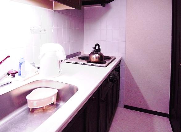 キッチンは、電気コンロですので、IHなどに変更する際は、お見積承ります。