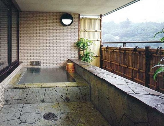 眺望露天風呂です。皆様のお疲れを癒します。是非、ご見学ください。