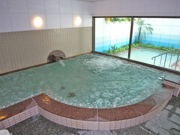 この温泉を楽しんでいただきたいと思います。