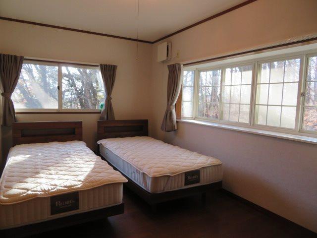 2階のメインベッドルーム
