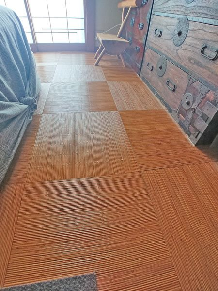 床材は和のテイストを意識して変更しております。