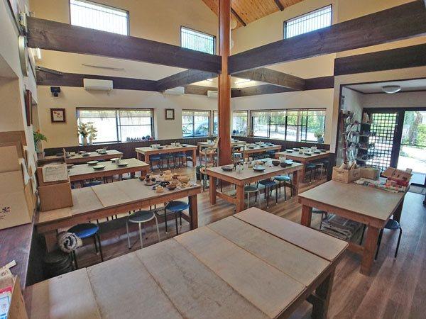 現在のオーナー様は、こちらで陶芸教室を行っております。