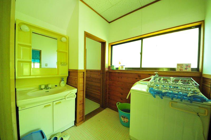 洗面スペースも広々しております。
