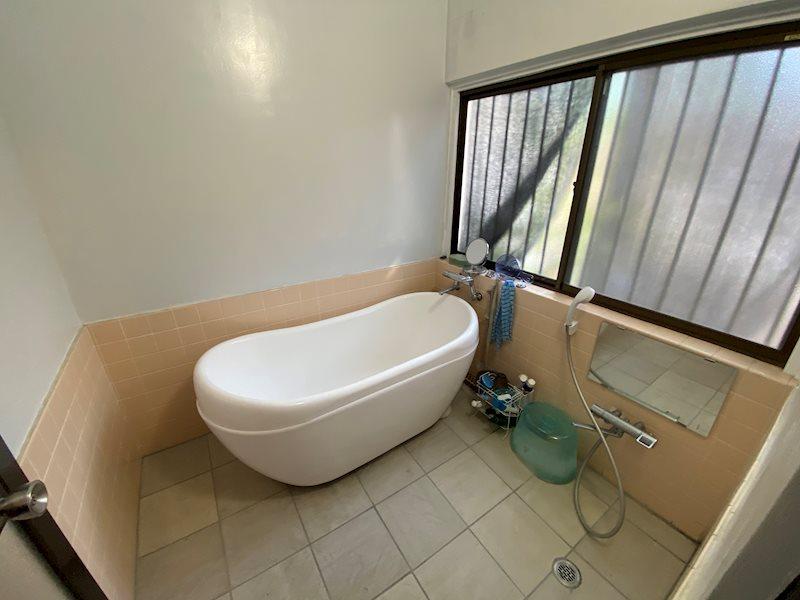 浴室も広々としています。