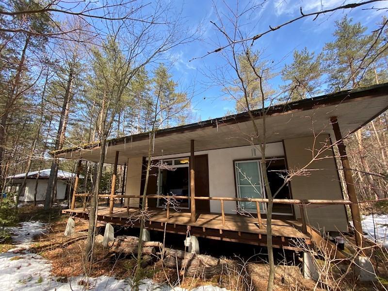 カラマツの森に佇む、使いやすい平屋建てです!