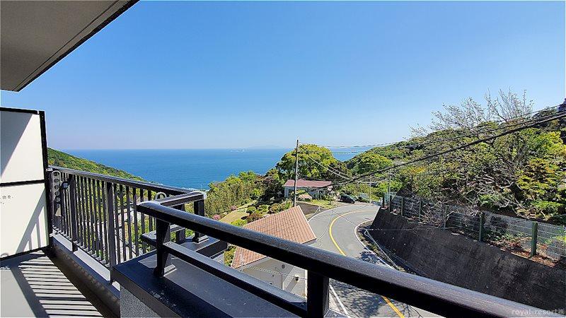 左方向に向けば、より海の眺望を楽しめます。