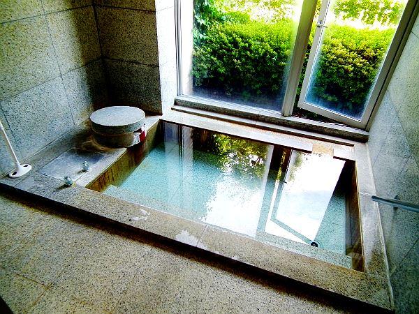 貸し切りでお愉しみいただける家族風呂です。是非、現地でご確認ください。