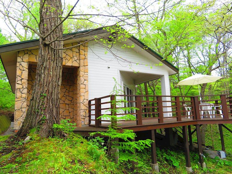 約40坪の邸宅を、緑に囲まれた贅沢な環境