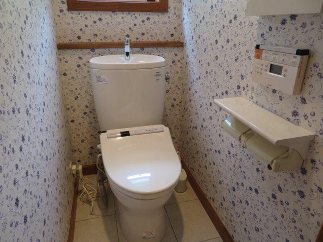 トイレは一階と二階の二箇所に完備