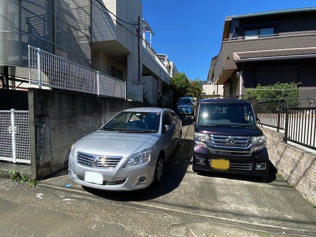 【駐車場】駐車場3台可能です。
