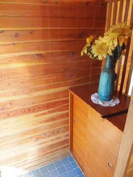 別荘へと続く階段です。楽しみな気持ちを抱えて階段を登ります。