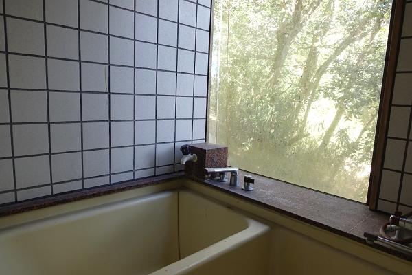 戸別温泉引湯可能なバスルームです。