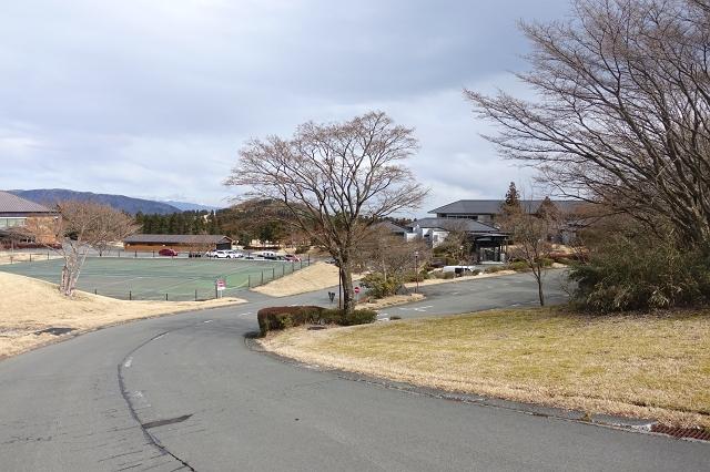 近隣に箱根湯の花ゴルフ場があり、ゴルフの拠点をお探しの方にもおすすめです。