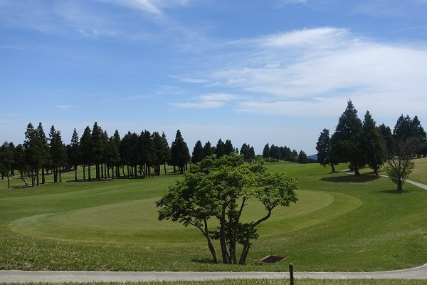 如何でしょう?週末の温泉、ゴルフ三昧の拠点として、是非ご検討下さい。
